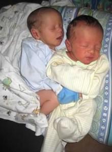 twins cuddling